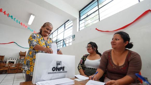 Los miembros de mesa tendrán una jornada de más de 12 horas y contarán con la asistencia del personal de la ONPE en cada local de votación. (Foto: Andina)
