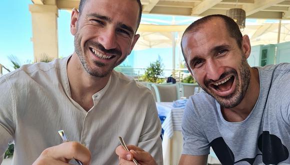 Bonucci y Chiellini comparten su tiempo libre juntos. (Foto: Twitter)