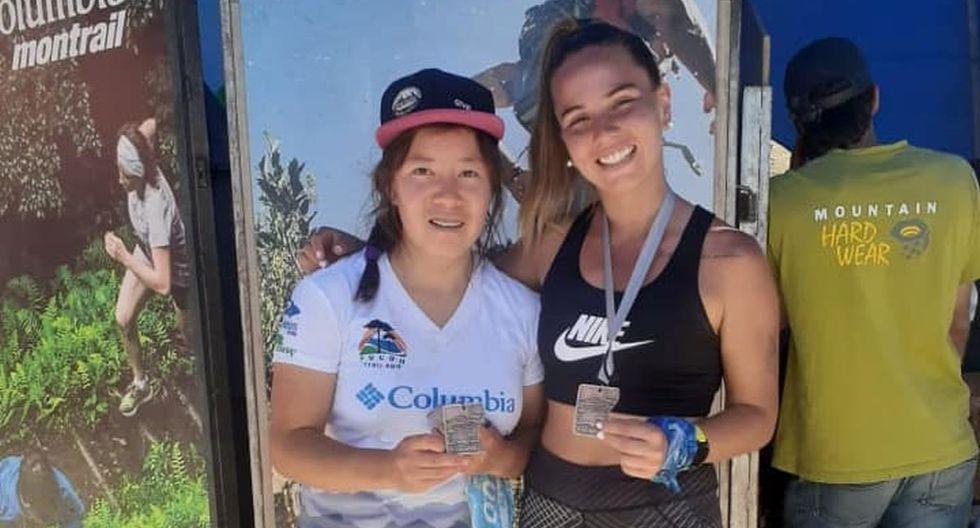 Rosalía Zegarra y Micaela Pérez mostrando sus medallas. (Foto: Facebook de Informativo TRAIL)