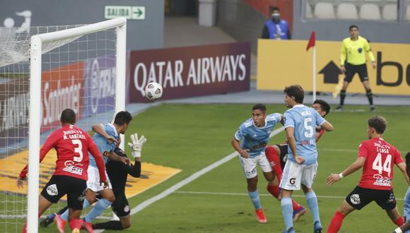 Sporting Cristal ganó su primera victoria ante un equipo uruguayo. (Foto: Violeta Ayasta / @photo.gec)