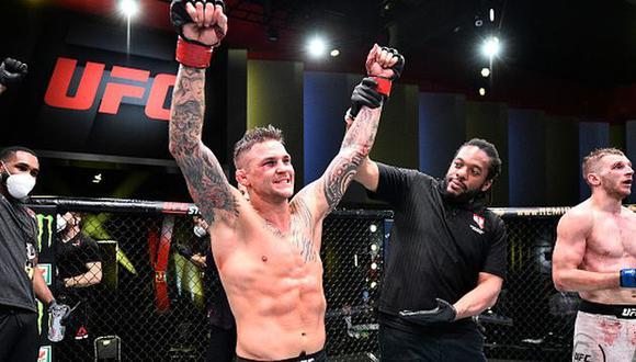 Dustin Poirier derrotó a Dan Hooker por decisión unánime en la estelar del UFC en Las Vegas. (Getty Images)