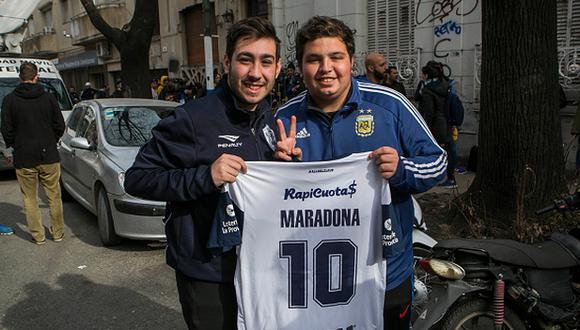 La fiebre de Diego Maradona por su llegada a La Plata. (Foto: Getty Images)