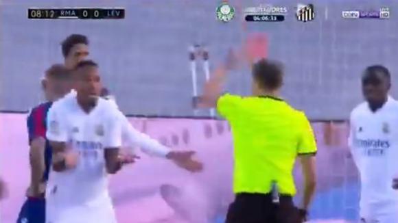 Real Madrid Vs Levante En Vivo Eder Militao Vio Tarjeta Roja A Los 9 Minutos Tras Revisión En El Var Video Laliga Santander Nczd Futbol Internacional Depor