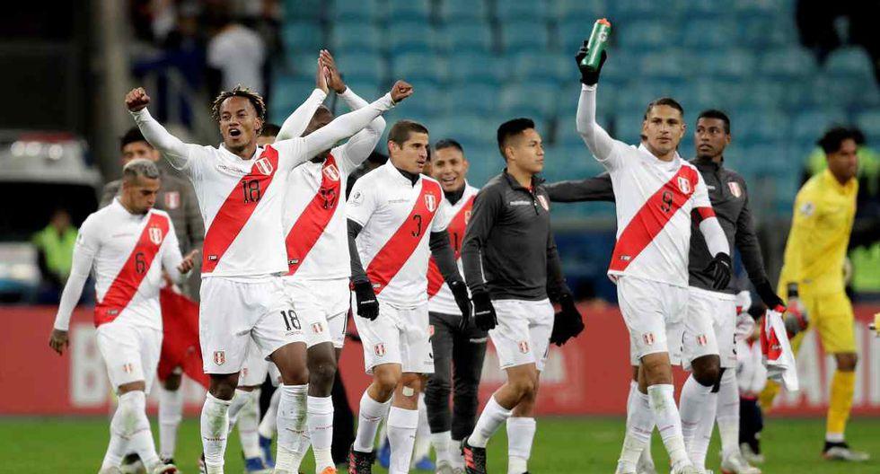 Periodista de Fox Sports se rinde ante la mejora de la selección peruana. (Foto: EFE)