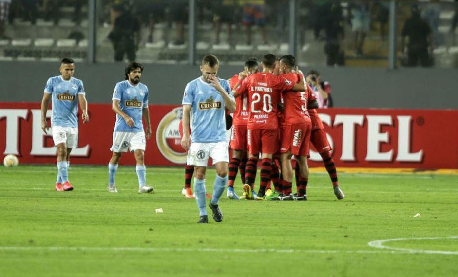 Sporting Cristal venció 2-1 al Barcelona pero no alcanzó para avanzar en la Copa Libertadores | Foto: Cesar Bueno/GEC