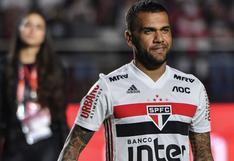 """Dani Alves, tras la suspensión del Goiás-Sao Paulo: """"O creamos conciencia o es una pérdida de tiempo"""""""