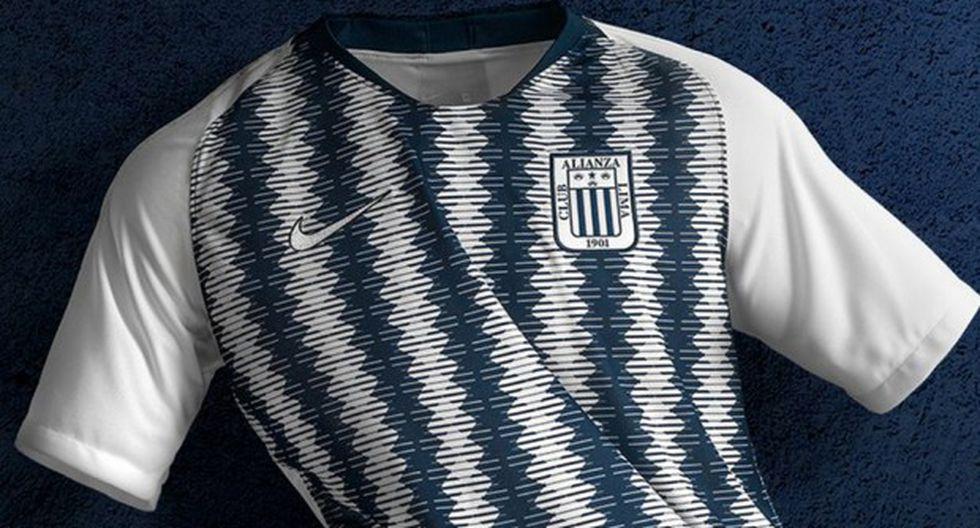 Alianza Lima presentó su camiseta alterna para el 2019. (Foto: Prensa Alianza Lima)