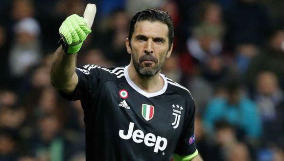 Gianluigi Buffon renovó una temporada más con Juventus (Foto: Agencias)