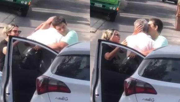 Un video viral muestra el tierno momento que protagonizaron un anciano y el motociclista que embistió accidentalmente con su auto. | Crédito: @manausalerta / Instagram