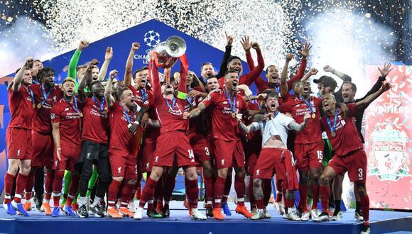 Liverpool gracias a un tempranero penal convertido por Mohamed Salah y el tanto de Divock Origi en la agonía venció 2-0 al Tottenham en la final de la Champions League. (Foto: AFP)