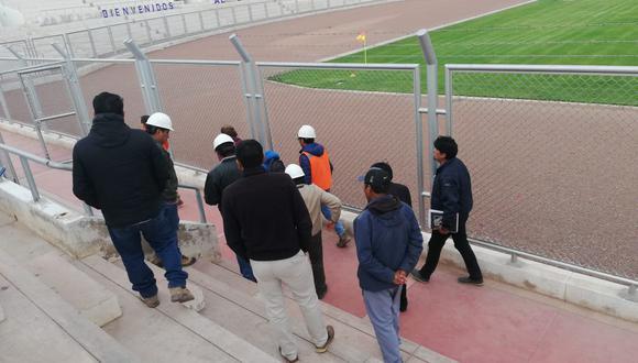 Conmebol llegó a Juliaca para inspección del estadio Guillermo Briceño. (Foto: Prensa Binacional)