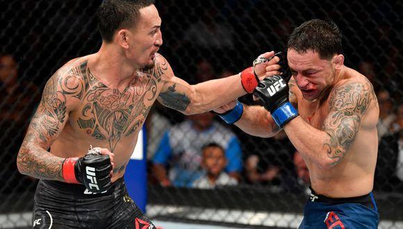 ¡Es el campeón peso pluma! Max Holloway venció a Frankie Edgar en el UFC 240 en Canadá. (Foto: UFC)