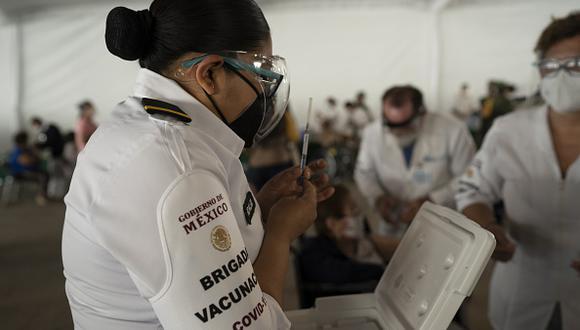 Vacuna COVID-19 en México: regístrate aquí, requisitos y link oficial para ser vacunado en mayo (Foto: Getty Images)