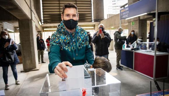 Messi acudió a votar al Camp Nou en las elecciones presidencias del club. (Foto: FC Barcelona)
