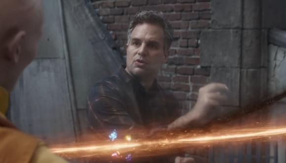 Avengers: Endgame | Hulk toma la piedra del tiempo (Marvel)