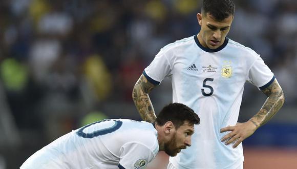 Lionel Messi y Leandro Paredes comparten equipo en la Selección Argentina. (Foto: AFP)