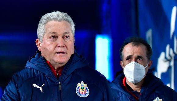 Víctor Manuel Vucetich llegó a las Chivas en agosto de 2020 como reemplazo de Luis Fernando Tena (Foto: Getty Images)
