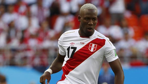 Rayo Vallecano está dispuesto a negociar el traspaso de Luis Advíncula. (Foto: AFP)