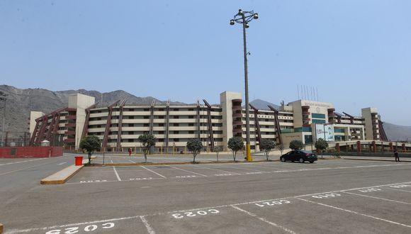 Universitario confirmó casos positivos de COVID-19 en el club. (Foto: GEC)