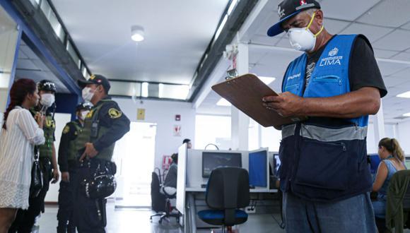 Ministerio de Transporte y Comunicaciones autorizó a Claro, Entel y Movistar para que vuelva a sus actividades.