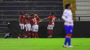 Liga 1: Cienciano goleó y alcanzó el primer lugar del grupo A