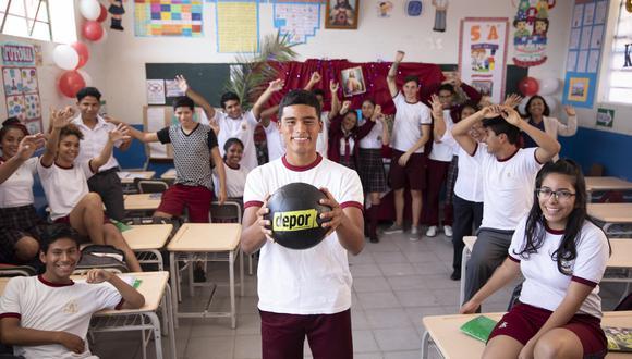 Kluiverth Aguilar tiene 16 años y juega como lateral en Alianza Lima (Foto: GEC)