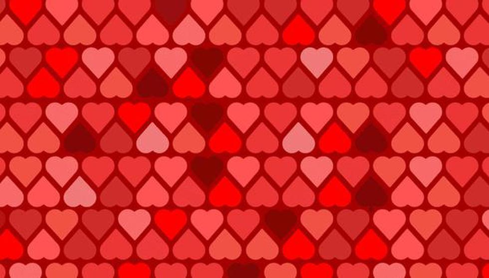 Mira la imagen y halla las tres ases de espada entre los corazones. (Televisa)