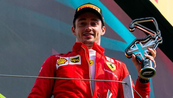 Charles Leclerc se subió a un podio en este 2021 tras alcanzar el segundo lugar en el Gran Premio de Gran Bretaña. (Foto: EFE)