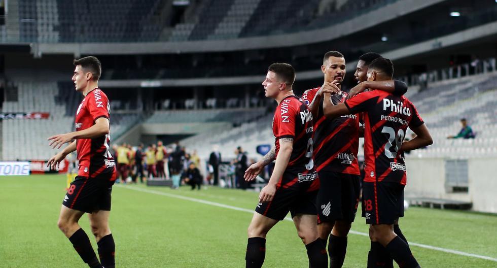 Se verá con Bragantino en la final: Paranaense derrotó a Peñarol por la Sudamericana