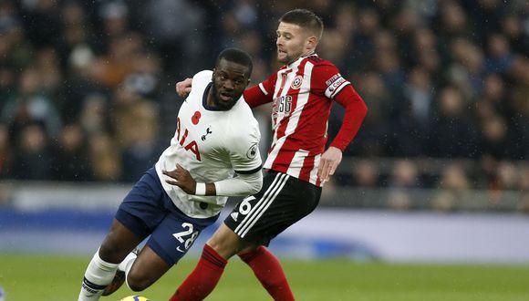Ndombélé llegó a Tottenham por 60 millones de euros a mediados de 2019. (Foto: AFP)