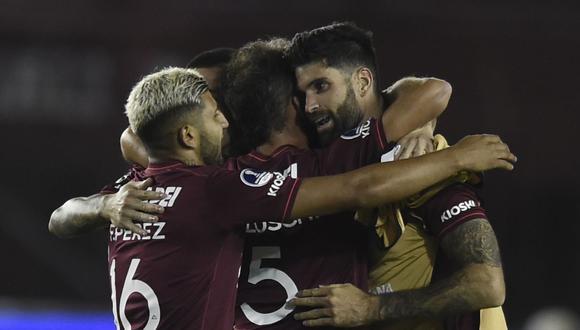 Lanús goleó 3-0 a Vélez y jugará la final de la Copa Sudamericana 2020. (Foto: AFP)
