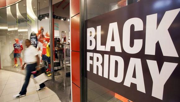 En noviembre diversas tiendas por departamento y comercios lanzan ofertas por el Black Friday y el Cyber Monday (Foto: AP)