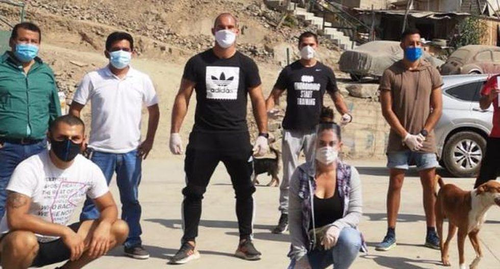 Enorme gesto: Adrián Zela llevó víveres a las familias más vulnerables en medio de pandemia del coronavirus