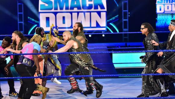 Cuatro equipos buscarán quedarse con los cinturones en parejas del show azul. (Foto: WWE)