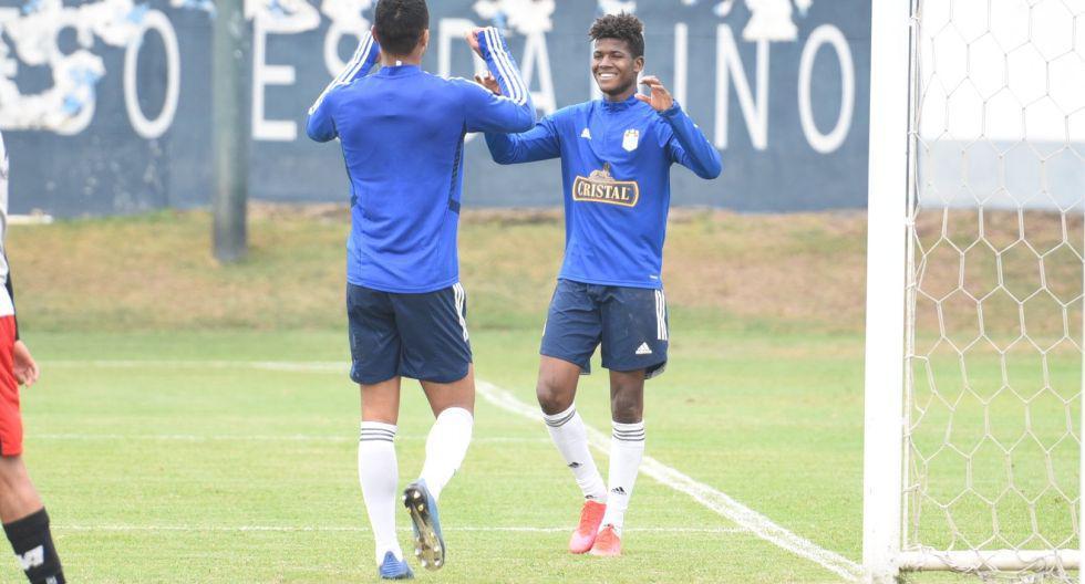 Cristal venció 5-2 a Alianza Universidad. (Foto: Prensa SC)