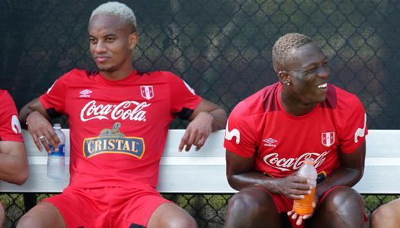 Carrillo respondió troleo de Advíncula (Foto: FPF)