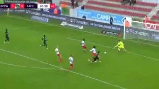 grande-chaval-benavente-marco-un-gol-en-su-debut-con-royal-antwerp-de-belgica-video