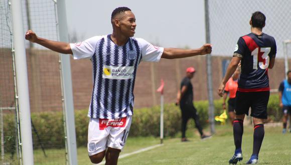 Miguel Cornejo, de 20 años, ha jugado en 20 partidos en la temporada y anotado dos tantos. (Foto: Foro Aliancista)