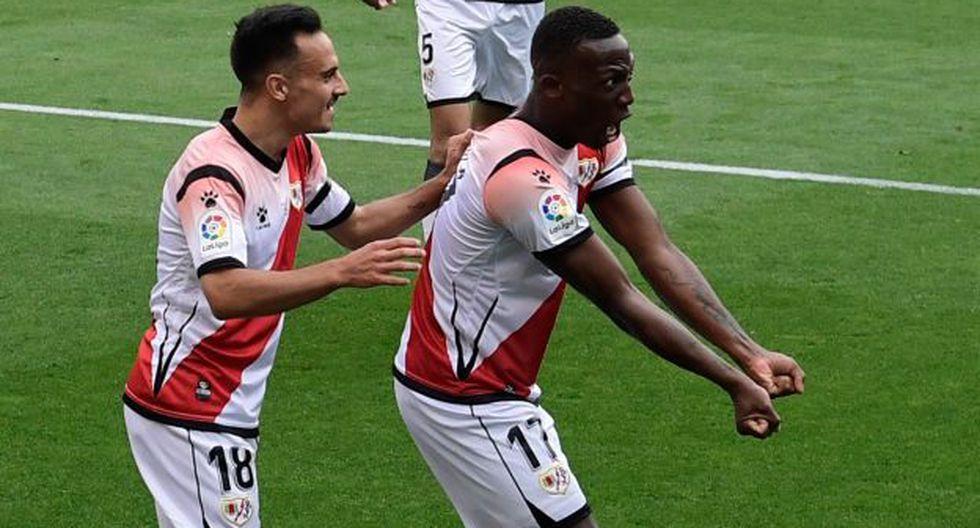 Luis Advíncula tiene 25 partidos jugados en la presente edición de LaLiga SmartBank. (Foto: AFP)