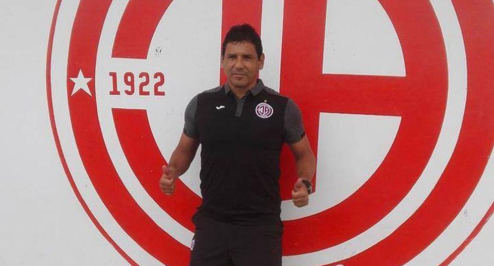 Carlos Cortijo logró el ascenso con Deportivo Municipal y Comerciantes Unidos. (USI)
