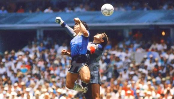 Diego Maradona: Peter Shilton no lo perdona por gol con la mano.  (Foto: Wikimedia Commons)