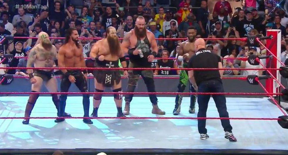 Con esta imagen terminó Raw. (WWE)