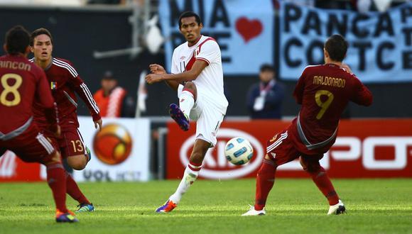 Carlos Lobatón. Partidos: 6 (304') / Goles:  1 / Tarjetas Amarillas: 1 / Club: Sporting Cristal. (Foto: AP)