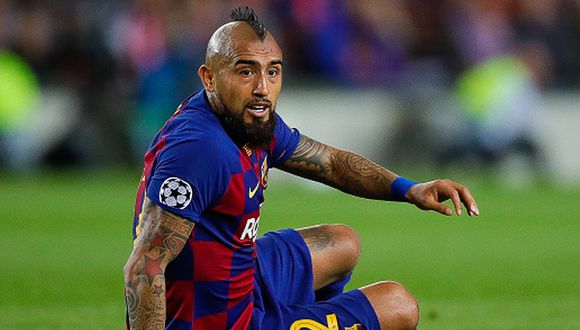 BARCELONA, SPAIN - NOVEMBER 05: Arturo Vidal of FC Barcelona reacts during the UEFA Champions League group F match between FC Barcelona and Slavia Praha at Camp Nou on November 05, 2019 in Barcelona, Spain. (Photo by Eric Alonso/MB Media/Getty Images)