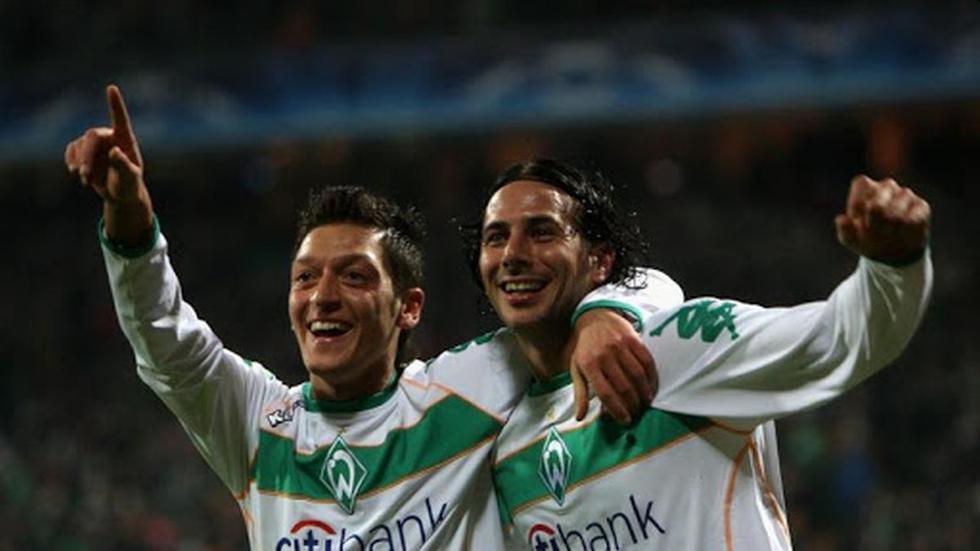 Claudio Pizarro | Werder Bremen | 2008-2010 | 16 asistencias - 76 partidos. (Getty)