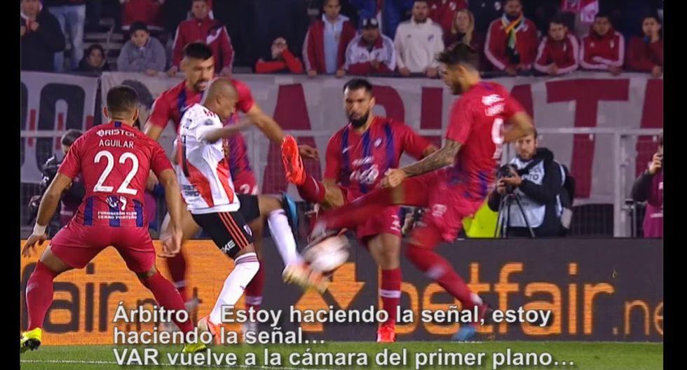 Cerro Porteño vs. River Plate - Copa Libertadores 2019: penal tras falta a Nicolás de La Cruz (Conmebol)