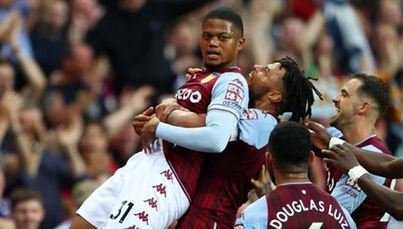 Con goles de Cash, Digne (en contra) y Bailey, Aston Villa derrotó a Everton y cortó la racha invicta de 4 fechas de los 'toffes'. (AFP)