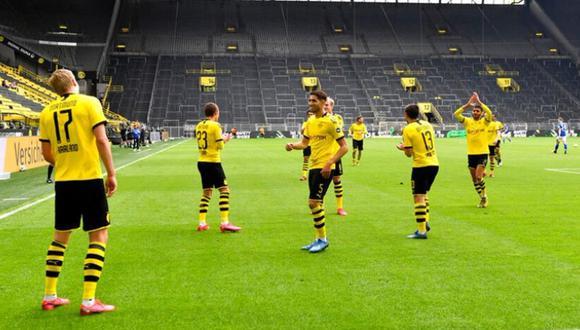 Así celebró Haaland con sus compañeros del Dortmund el 1-0 ante el Schalke. (Foto: Getty)