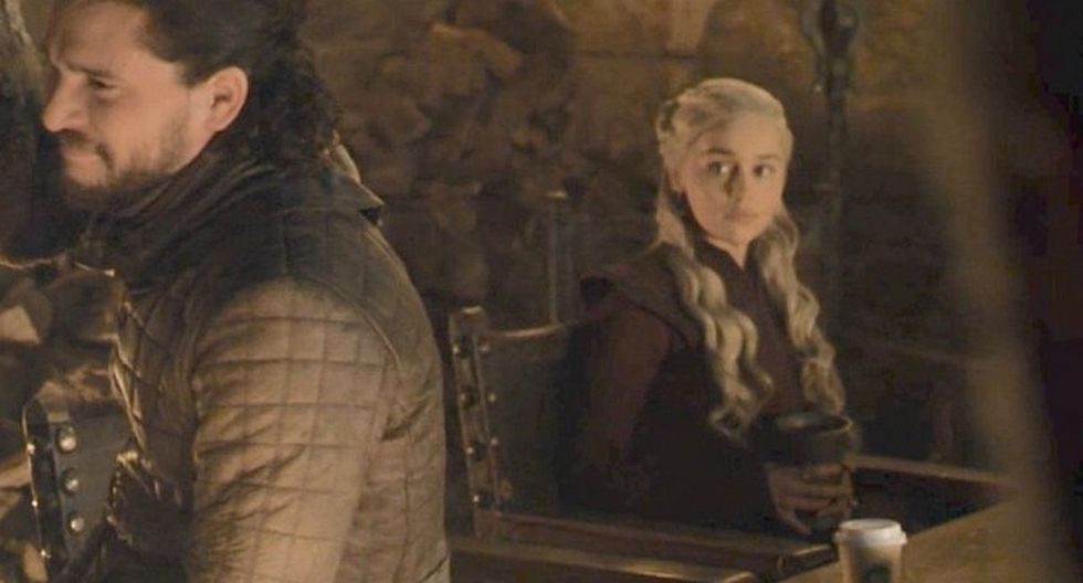 "Un vaso de Starbucks fue el protagonista del más grande error del cuarto episodio de la temporada final de ""Game of Thrones"". (Foto: Captura)"