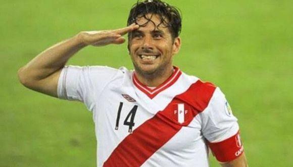 Pizarro y su emotivo saludo por 28 de julio. (Foto: GEC)